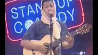 Download Video Mudi Stand Up Jadi Biduan Waria MP3 3GP MP4