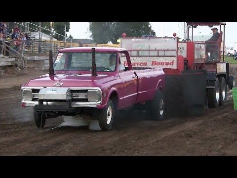 Central Illinois Truck Pullers - 2016 Edinburg Labor Day Picnic Truck Pulls - Edinburg, IL