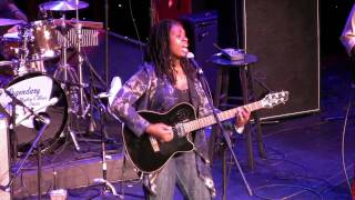 "Ruthie Foster LRBC 2010 ""Up Above My Head"""