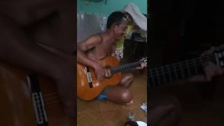 Sang ngang guitar linh già