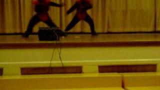 twin boys dancing