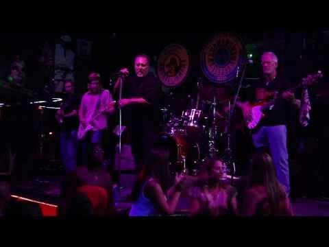 Kenneth Wright w Bourbon Street Blues Bar Nashville