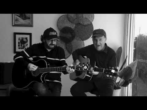 Graeme Connors and Kevin 'Bloody' Wilson -  All I Have To Do Is Dream (Everly Brothers Cover)