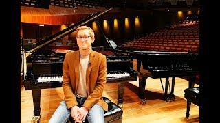 Dmitry Masleev: Mantener la mente fría pero el corazón caliente - UNAM Global thumbnail