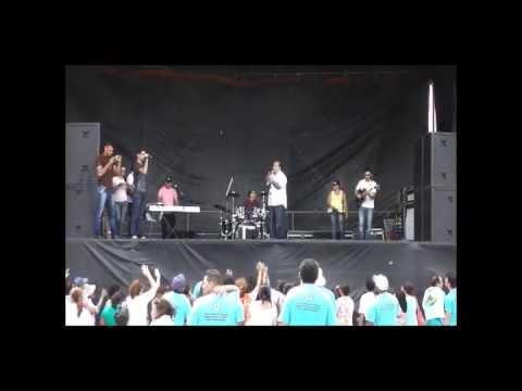 Memória: Show de Pe. Carlos Cesar na V Romaria do Terço dos Homens no Santuário do Lima