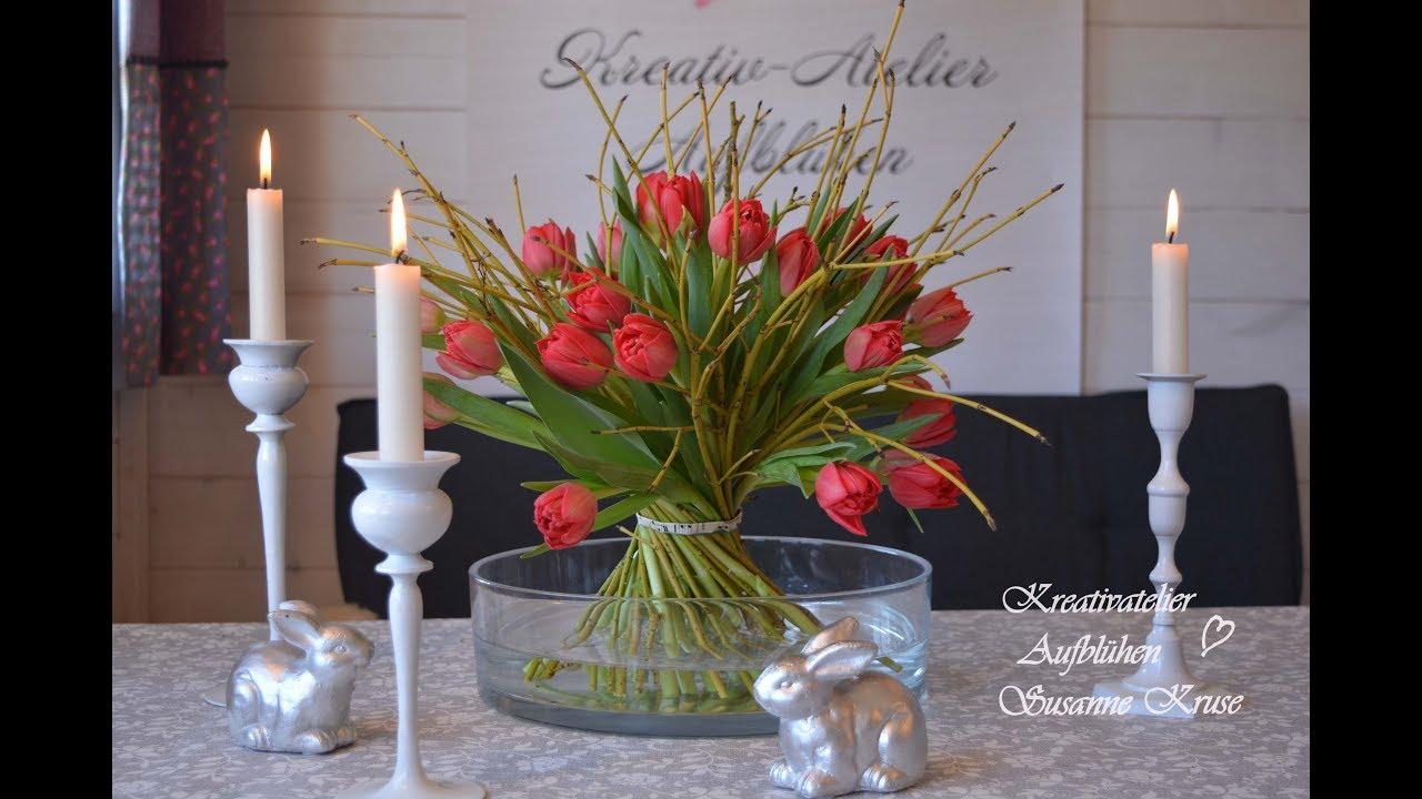 Diy Stehstrauss Mit Hartriegel Und Tulpen Fruhling Blumen Deko