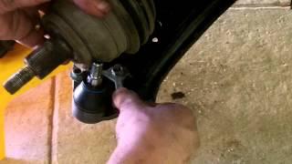 Troca da bucha da barra estabilizadora e pivô VW Polo (parte 3/3 - troca pivô)