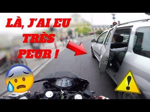 DO 25 - ATTENTION À LA PORTE - POLICE - PIÉTONS FOUS