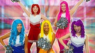 Baixar THE SUPER POPS CHEERLEADER TEAM. Totally TV Videos for Teens.