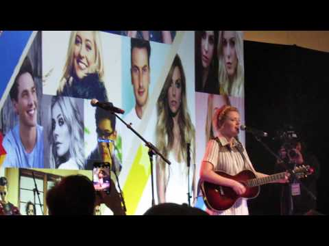 Maddie Poppe - Going Going Gone (CMA Fest 2018 Day 1)