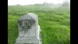 видео В центре Москвы нашли клад и древние надгробия