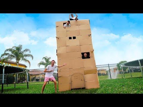 prÉdio-de-papelÃo-gigante-no-quintal-da-nossa-casa!