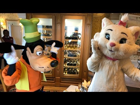 Inventions Brunch With The Disney Characters At Disneyland Paris