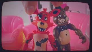 FIVE NIGHTS AT FREDDY'S Видеоблог аниматроников. Все серии первого сезона! 13+
