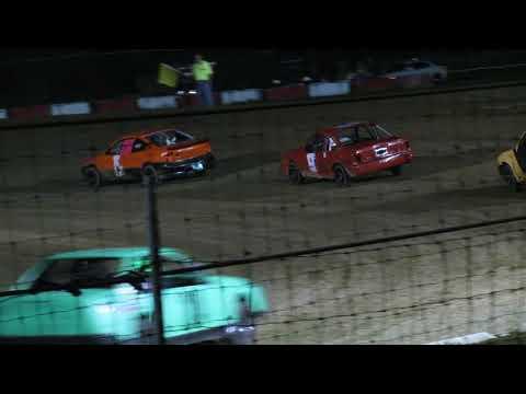 Montpelier Motor Speedway fwd feature 8-12-17 (Part 1)
