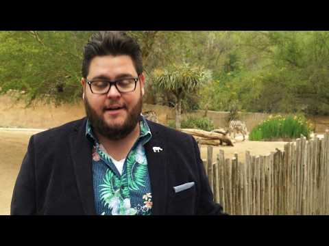 Charley Koontz Supports the L.A. Zoo's Beastly Ball