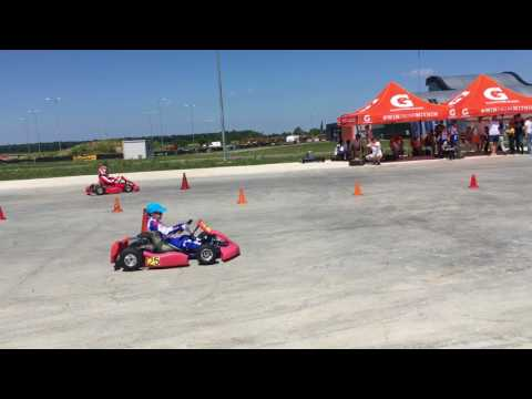Slalom Paralel Karting Electric