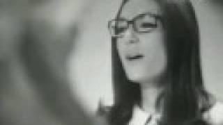 Nana Mouskouri - Le toit de ma maison