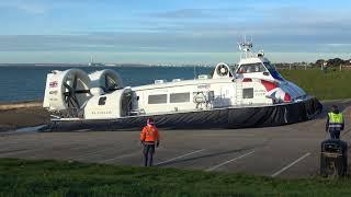 Island Flyer Hovercraft Leaving Lee On Solent December 16th 2017 (4k)
