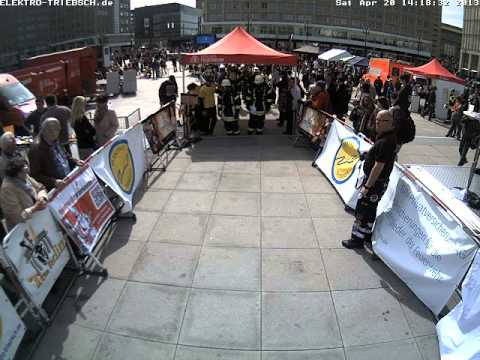3. Berliner Firefighter Stairrun 2013 Webcam Start 9