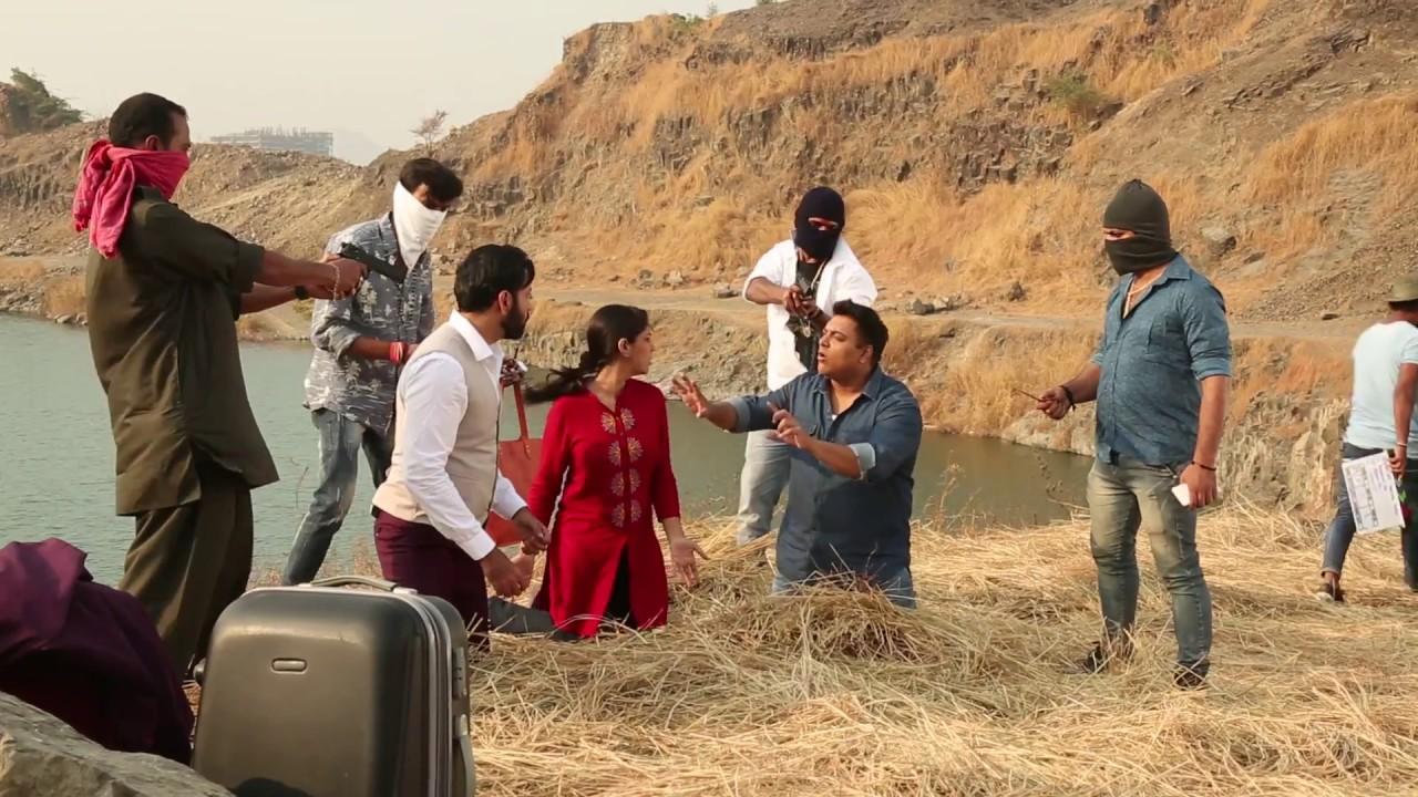 Download Karrle Tu Bhi Mohabbat - Behind The Scenes