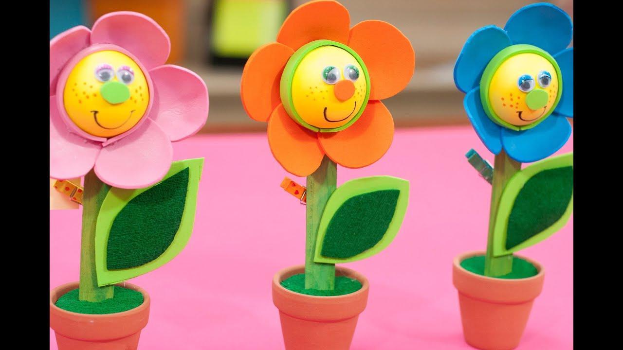 Come realizzare un fiore in gomma eva youtube for Youtube lavoretti per bambini