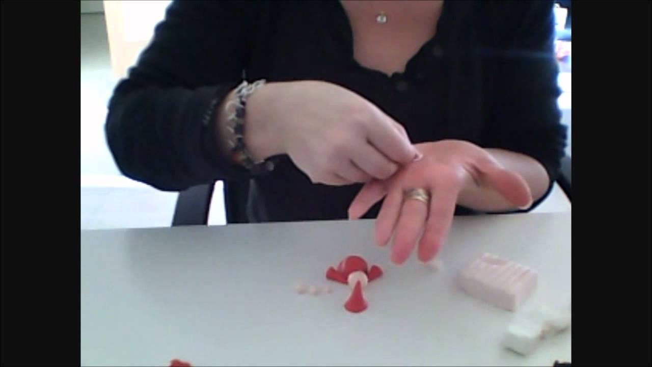 Tuto comment faire un magnet p re no l en fimo youtube - Comment faire un pere noel en gobelet ...