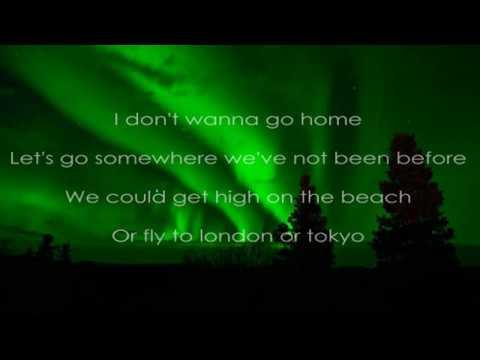 XYLØ - Alive (Lyrics)