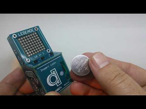 LedCade - µ Arcade 8x8 LED Matrix Game Cabinet