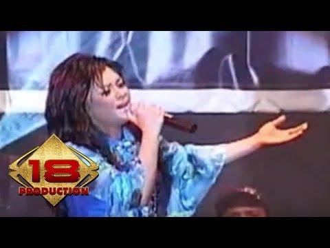 Iyeth Bustami - Bunga Bunga Cinta  (Live Konser Pangkal Pinang 06 November 2005)