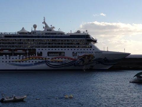 AIDAstella / Norwegian Spirit Cruises in Funchal City