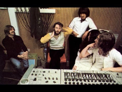 Peter Jackson is directing a new Beatles documentary Mp3
