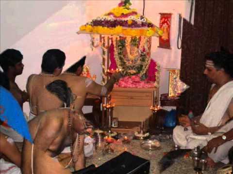 swami sangeetha thaenpozhiyum