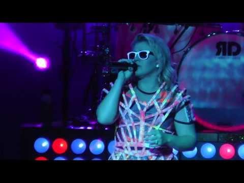 Kelly Clarkson Sept 5, 2013: 13 - People Like Us - SPAC, Saratoga Springs, NY
