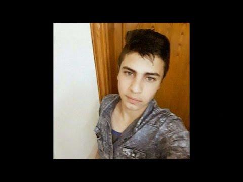 شاهد: والد الشاب الأردني يطالب الملك بالقصاص لابنه ممن قتله داخل سفارة إسرائيل بعمان  - نشر قبل 1 ساعة