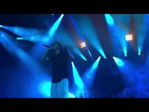 J. Cole - Forest Hills Drive Tour 02 Arena London (LIVE FRONT ROW)