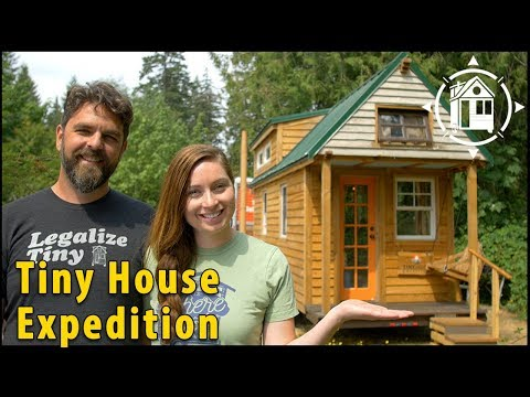 Tiny House Couple Lives a Life of Adventure!