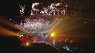 Queen and Adam Lambert United Center 7/13/17 We will Rock You / We are the Champions