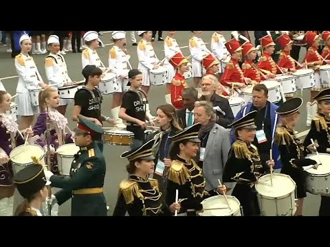 شاهد: أكثر من 500 طبال روسي يحطمون رقماً قياسياً في سان بطرسبرغ…  - نشر قبل 4 ساعة