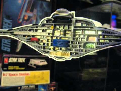 AMT 22 inch U.S.S. Enterprise Cutaway scale model build by TrekWorks