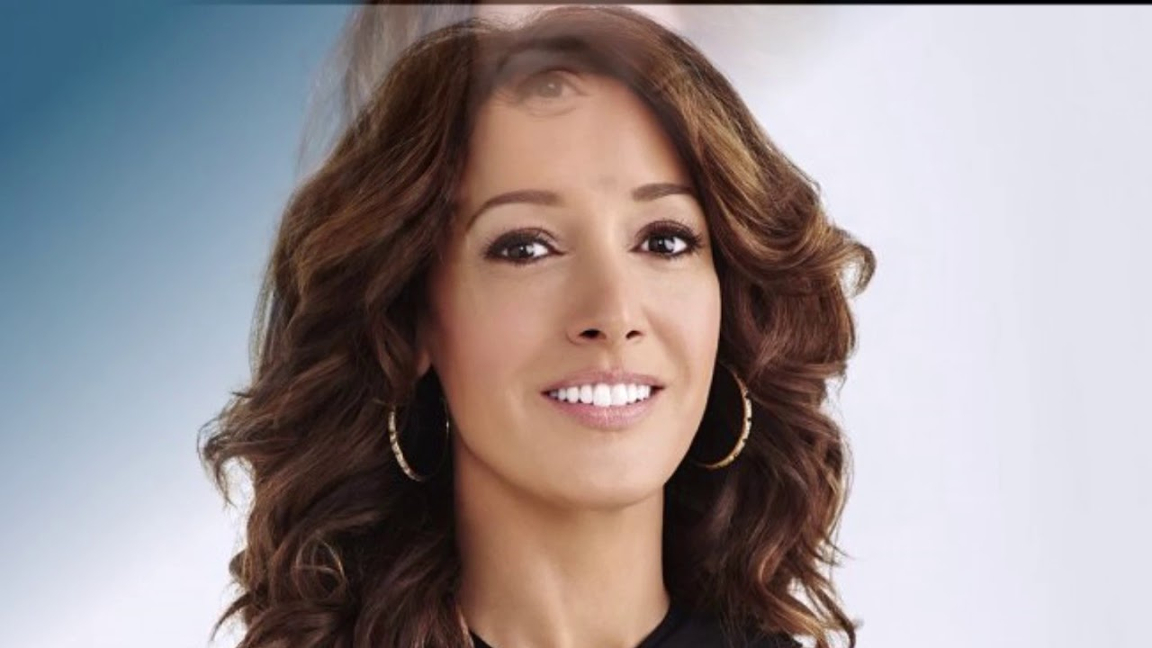 Watch Jennifer Beals video