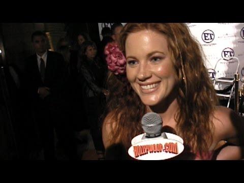 Elisa Donovan @ ET's Emmy Party 2000