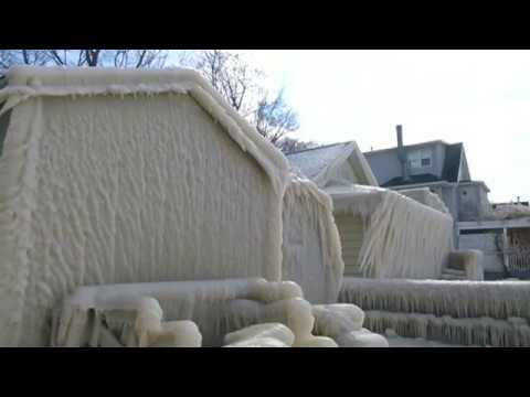 COLD WEATHER in New York Left a House COMPLETELY FROZEN and COVERED in ICE