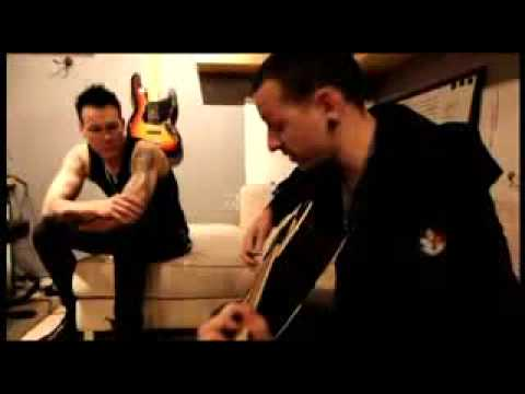 Chester plays Let Down  ACOUSTIC