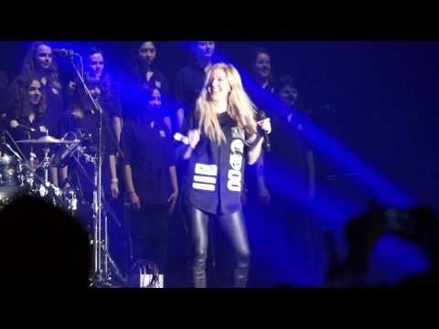 Ellie Goulding - Anything Could Happen (Live at WE Day UK, HD)