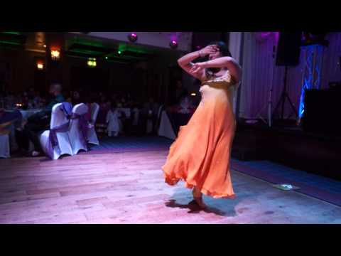 Amazing Contemporary Bollywood Dance