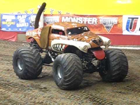 Monster Truck Dog >> Monster Truck Dog