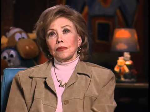 Voiceover legend June Foray on working with Mel Blanc - EMMYTVLEGENDS.ORG