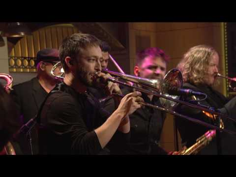 Sturgill Simpson - Keep It Between The Lines  [Live on SNL]