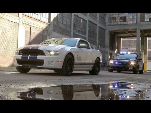 Ford Shelby GT Vs Cop Cars Police Chase The Downshift - Sports cars vs police